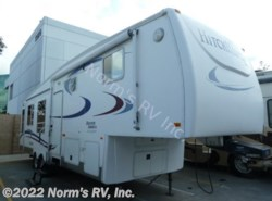 Used 2006  Nu-Wa Hitchhiker 32.5 CKQG Discover America by Nu-Wa from Norm's RV, Inc. in Poway, CA