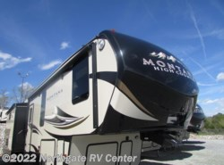 New 2017 Keystone Montana High Country 340BH available in Louisville, Tennessee