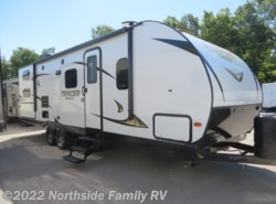 New 2018  Prime Time Tracer Breeze 26DBS by Prime Time from Northside RVs in Lexington, KY