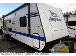 New 2017  Jayco Jay Feather 7 23RD by Jayco from Ocean Grove RV Sales in St. Augustine, FL