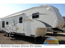 Used 2008  Dutchmen North Shore 31SBBS-M5 by Dutchmen from Ocean Grove RV Sales in St. Augustine, FL