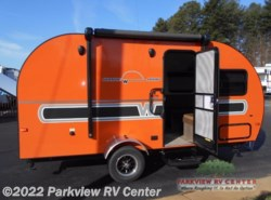 New 2017  Winnebago Winnie Drop WD170K by Winnebago from Parkview RV Center in Smyrna, DE