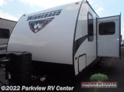 Used 2016  Winnebago Minnie 2455 BHS by Winnebago from Parkview RV Center in Smyrna, DE