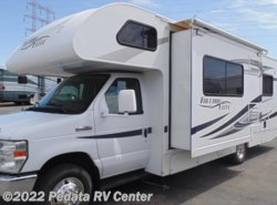 Used 2012  Thor Motor Coach Freedom Elite 26E w/1sld by Thor Motor Coach from Pedata RV Center in Tucson, AZ