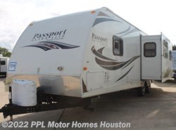 Used 2012  Keystone Passport Ultra Lt 2890 RL by Keystone from PPL Motor Homes in Houston, TX