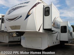 Used 2013  Keystone Avalanche 341TG by Keystone from PPL Motor Homes in Houston, TX