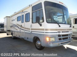 Used 2001  Fleetwood Pace Arrow 33V by Fleetwood from PPL Motor Homes in Houston, TX