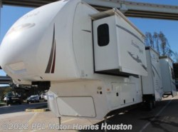 Used 2010  Dutchmen Freedom Spirit 355RL by Dutchmen from PPL Motor Homes in Houston, TX