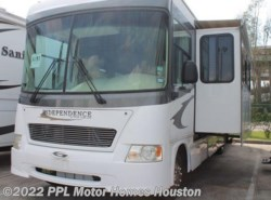 Used 2006  Gulf Stream Independence 8358 by Gulf Stream from PPL Motor Homes in Houston, TX