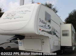 Used 2005  Forest River Wildcat 28RK by Forest River from PPL Motor Homes in Houston, TX