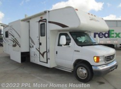 Used 2008  Coachmen Freedom Express Tailgate 31IS by Coachmen from PPL Motor Homes in Houston, TX