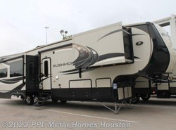 Used 2013  CrossRoads Rushmore WASHINGTON by CrossRoads from PPL Motor Homes in Houston, TX