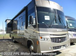 Used 2008  Winnebago Voyage 33V by Winnebago from PPL Motor Homes in Houston, TX