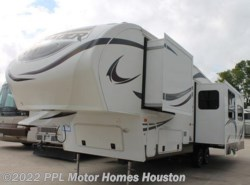 Used 2013  Forest River  Crusader 295RST by Forest River from PPL Motor Homes in Houston, TX