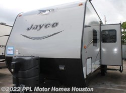Used 2016  Jayco Jay Flight 28RBDS
