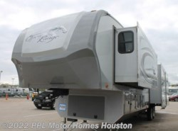 Used 2012 Open Range Journey 424RLS available in Houston, Texas