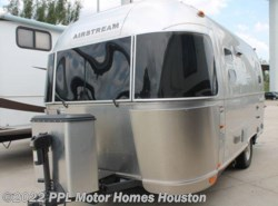 Used 2014  Airstream International 19 SIGNATURE by Airstream from PPL Motor Homes in Houston, TX