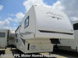 Used 2005  Western RV Alpenlite Limited 32RL AUGUSTA by Western RV from PPL Motor Homes in Houston, TX