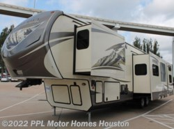Used 2014  Keystone Montana Mountaineer 356TBF by Keystone from PPL Motor Homes in Houston, TX