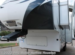 Used 2014  Dutchmen Denali 286REX by Dutchmen from PPL Motor Homes in Houston, TX