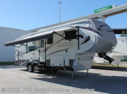 Used 2012  Dutchmen Komfort 2820RL by Dutchmen from PPL Motor Homes in Houston, TX