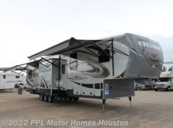 Used 2013  Heartland RV Cyclone 4100 by Heartland RV from PPL Motor Homes in Houston, TX