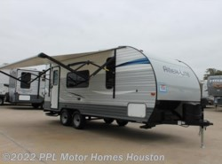 New 2018  Gulf Stream Ameri-Lite Wide 218MB by Gulf Stream from PPL Motor Homes in Houston, TX