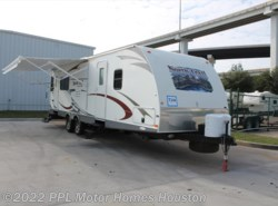 Used 2012  Heartland RV North Trail  29LRSS by Heartland RV from PPL Motor Homes in Houston, TX
