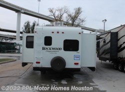 Used 2014  Rockwood  Signature Ultra Lite 8281WS by Rockwood from PPL Motor Homes in Houston, TX