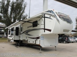 Used 2014  Keystone Alpine 3555RL by Keystone from PPL Motor Homes in Houston, TX