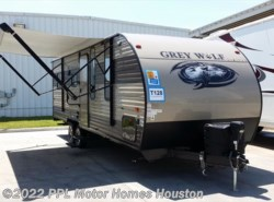 Used 2018  Forest River Cherokee Grey Wolf 22RR by Forest River from PPL Motor Homes in Houston, TX