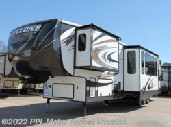 Used 2014  Heartland RV Cyclone Hd Edition 4114 by Heartland RV from PPL Motor Homes in Houston, TX