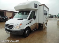 Used 2011  Winnebago View 24J by Winnebago from Professional Sales RV in Colleyville, TX