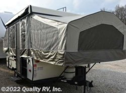 Used 2017  Forest River  207 FLAGSTAFF MAC by Forest River from Quality RV, Inc. in Linn Creek, MO