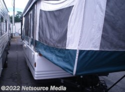 Used 1999  Coleman Sun Valley  by Coleman from Restless Wheels RV Center in Manassas, VA