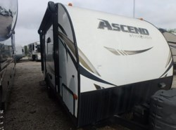 Used 2015  EverGreen RV Ascend A171RD by EverGreen RV from McClain's RV Rockwall in Rockwall, TX