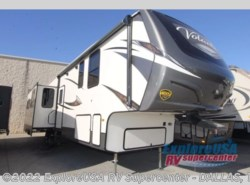 New 2018  CrossRoads Volante 3751BH by CrossRoads from ExploreUSA RV Supercenter - MESQUITE, TX in Mesquite, TX