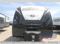 New 2019  Cruiser RV Radiance Ultra Lite 28QD by Cruiser RV from ExploreUSA RV Supercenter - MESQUITE, TX in Mesquite, TX