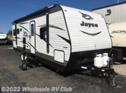 New 2018  Jayco Jay Flight SLX 245RLS by Jayco from Wholesale RV Club in Ohio
