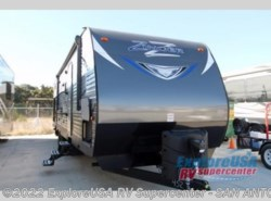 New 2017  CrossRoads Zinger ZT32SB by CrossRoads from ExploreUSA RV Supercenter - SAN ANTONIO, TX in San Antonio, TX