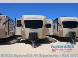 New 2018  Forest River Rockwood Signature Ultra Lite 8324BS by Forest River from ExploreUSA RV Supercenter - SAN ANTONIO, TX in San Antonio, TX