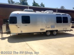 New 2015  Airstream Flying Cloud 27FB by Airstream from The RV Shop, Inc in Baton Rouge, LA