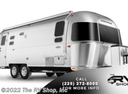 New 2019  Airstream Flying Cloud 25FB by Airstream from The RV Shop, Inc in Baton Rouge, LA