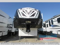 New 2017  Dutchmen Voltage V-Series V3305 by Dutchmen from ExploreUSA RV Supercenter - CANTON, TX in Wills Point, TX