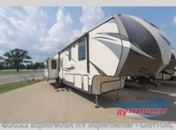 New 2017  CrossRoads Volante 3801MD by CrossRoads from ExploreUSA RV Supercenter - CANTON, TX in Wills Point, TX