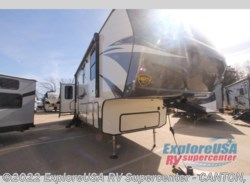 New 2018  CrossRoads Volante 3801MD by CrossRoads from ExploreUSA RV Supercenter - CANTON, TX in Wills Point, TX