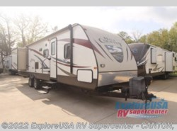 Used 2014  CrossRoads Hill Country 33FR by CrossRoads from ExploreUSA RV Supercenter - CANTON, TX in Wills Point, TX