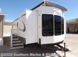 New 2017  Hy-Line  42 Front Den by Hy-Line from Park Model City & RV Sales in Ft. Myers, FL