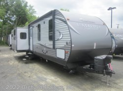 Used 2016  Coachmen Catalina 333RETS by Coachmen from Orchard Trailers, Inc. in Whately, MA
