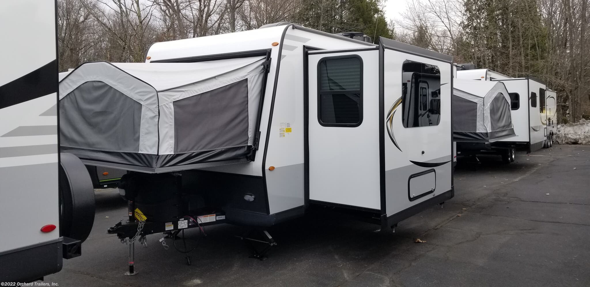 Expandable Trailer - 2020 Forest River Rockwood Roo 233S ...